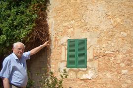 Die erste Granate traf das Haus von Sa Coma.