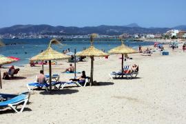 Strandliegenverleiher der Playa de Palma bangen um kommende Saison