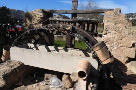 Historisches Wasserschöpfrad in Port d'Andratx schwer beschädigt
