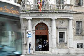 Gastronom in Cala d'Or vergreift sich an Minderjähriger