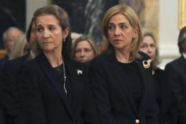 Schwestern von Spaniens König Felipe VI. lassen sich verfrüht impfen