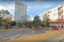 Paar zelebriert öffentlich Sex auf Straße in S'Arenal
