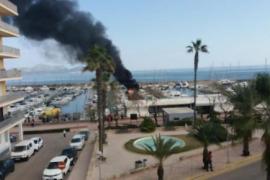 Mehrere Yachten im Hafen von Can Picafort in Flammen aufgegangen