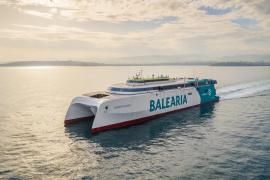 Baleària stellt nagelneue 90-Millionen-Euro-Speedfähre im Hafen von Mallorca in Dienst