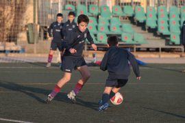 Auf Mallorca dürfen die Kinder wieder kicken