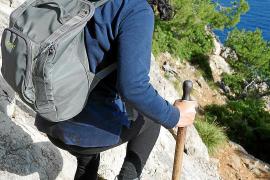 Höhlen, Bäume, glasklares Meer: Eine Wanderung auf der Victòria-Halbinsel auf Mallorca