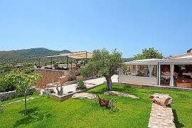 Das Restaurant des Hauses steht auch Nicht- Hotelgästen offen und verfügt über einen großen Terrassenbereich.
