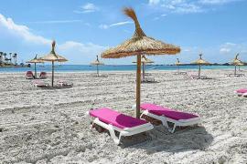 Strände von Muro und Alcúdia starten mit Corona-Regeln in die Badesaison