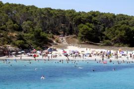 31 blaue Flaggen für Strände auf Mallorca und den Nachbarinseln