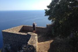 Mann überlebt 50-Meter-Sturz von Aussichtspunkt auf Mallorca