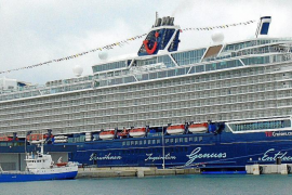 """Oceanliner """"Mein Schiff 2"""" soll bald wieder im Hafen von Palma de Mallorca festmachen"""