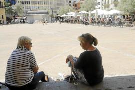Heftiger Terrassenstreit an Olivar-Markthalle in Palma de Mallorca