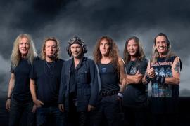 Luftschiff nach Mallorca: Sänger von Iron Maiden mischt mit