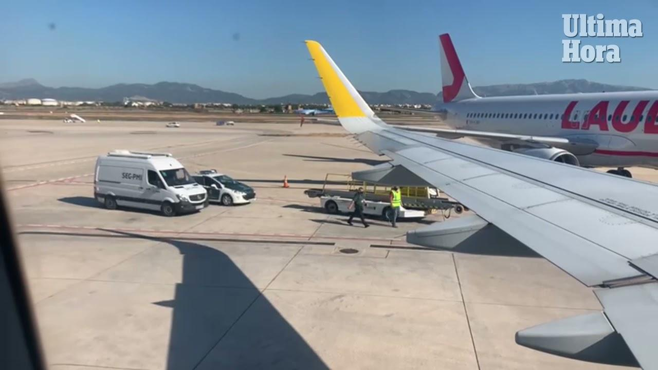 Telefonierende Passagierin verhindert Start von Jet in Palma de Mallorca