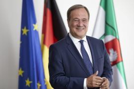 Unions-Kanzlerkandidat Laschet mag Billigflüge nach Mallorca