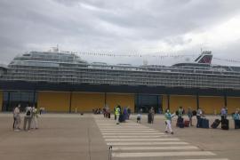 Erstes Kreuzfahrtschiff seit 15 Monaten legt in Palma de Mallorca an