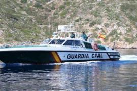 Segelyacht läuft vor Ibiza auf Grund und sinkt