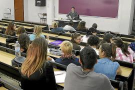 Hunderte Abschlussschüler nach Aufenthalt auf Mallorca positiv auf Covid-19 getestet