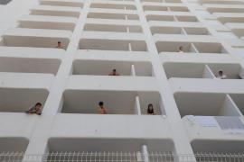 Negativ getestete Schüler dürfen Corona-Hotel auf Mallorca verlassen