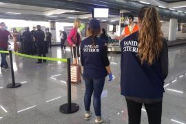 Mann verweigert Gesundheitskontrolle: Festnahme am Flughafen auf Mallorca