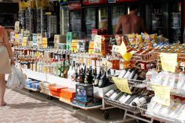 Balearen-Regierung verbietet Verkauf von Alkohol nach 22 Uhr