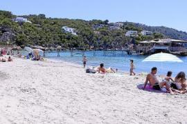 An diesen Stränden auf Mallorca stehen noch keine Liegen und Schirme