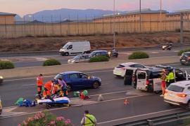 Schwerer Unfall: Mann wird auf Ringautobahn von Auto erfasst