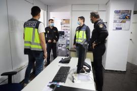 Die Experten der Nationalpolizei für Wirtschaftskriminalität und Technologie-Delikte kamen dem mutmaßlichen Täter auf die Spur.