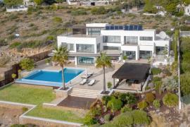 Deutscher Partymacher Michael Ammer lädt 250 Gäste auf Mallorca ein