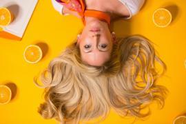 Fünf Tipps für gesünderes, volleres und glänzenderes Haar