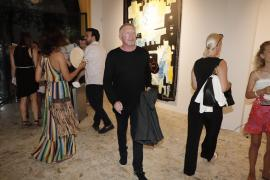 Boris Becker schaut sich auf Mallorca die Kunst von Sohn Noah an
