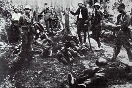 Soldaten auf nationaler Seite in einer Kampfpause