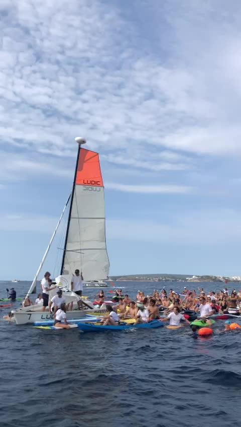 Etwa 100 Wassersportler protestieren vor Mallorca gegen Chaos an den Küsten