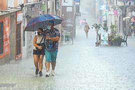 Auf Mallorca kann es heute nass werden.