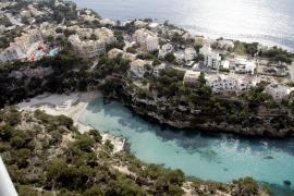 Urlauber stirbt an Strand von Cala Pi