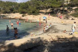 Der Strand von Sa Barca Trencada.