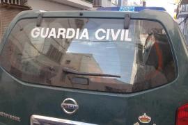 Britische Urlauberin bringt Kind im Polizeiwagen auf Menorca zur Welt
