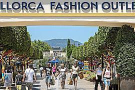 Touristen kurbeln den Umsatz des Ex-Festival-Parks auf Mallorca an