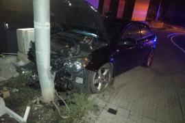 Betrunkene Fahrerin beschädigt Gasleitung in Alcúdia