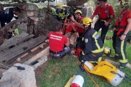 Alter Mann überlebt Sturz in Brunnenschacht auf Mallorca unverletzt