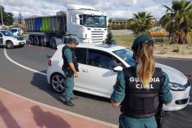 Mann fährt Guardia Civil-Beamten in Magaluf an und flüchtet