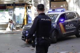 Maskierter E-Scooter-Fahrer greift sich Kind auf Mallorca