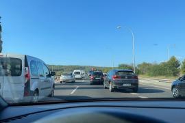 Stundenlanger Mega-Stau nach Lkw-Unfall auf Mallorca