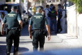 Mehrere Einsatzkräfte waren am Mittwoch in Peguera vor Ort.