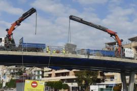 Porto Cristo - Erstes Stück der Brücke abgetragen