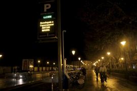 Parkhausräuber erbeuten 4500 Euro