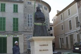 Sineu - Kirchplatz ohne Königsstatue