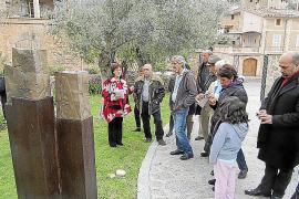 Der Skulpturengarten steht auch Gästen offen, die nicht in dem Luxushotel logieren.