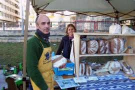 Auch frisches Biobrot gibt es auf dem Markt in Palma.