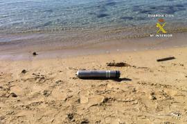 Leuchtmunition am Strand entschärft